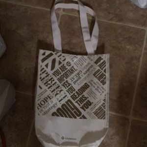 "9x11x3"" Lululemon shopping bag"